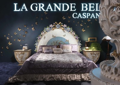 LA GRANDE BELLEZZA<br/>C/1031/W - Bed with wooden spring cm 200x200 - cm 220x215x190h<br/>C/1033 - Night table - cm 69,5x49,5x64,5h